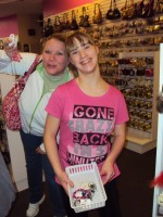 Avril Lavigne Rockstar Club at Easter Seals in Ohio- Mall trip!