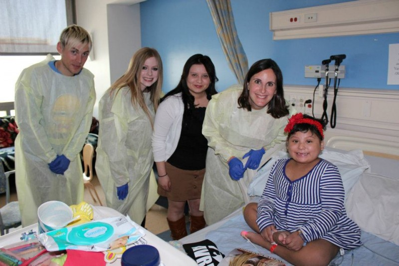 Avril & Evan T. visited Mattel Children's Hospital.