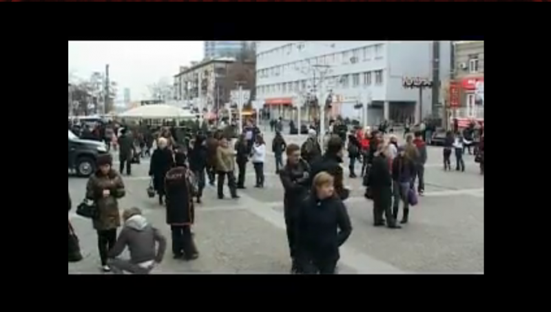 Flash Mob Dance in Ukraine / Nov 21 2009