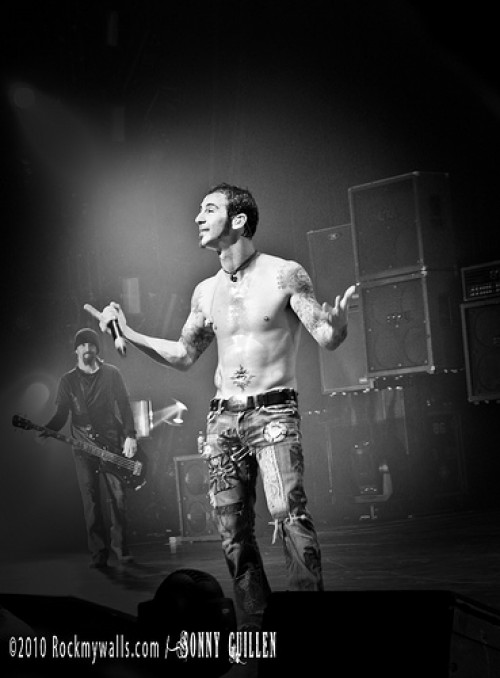 Godsmack Live! - Los Angeles, California Nokia Live Theatre November 4, 2010 Image placed on the Godsmack.com website with permission from the Photographer (Sonny Guillen) - No other use or distribution has been authorized.
