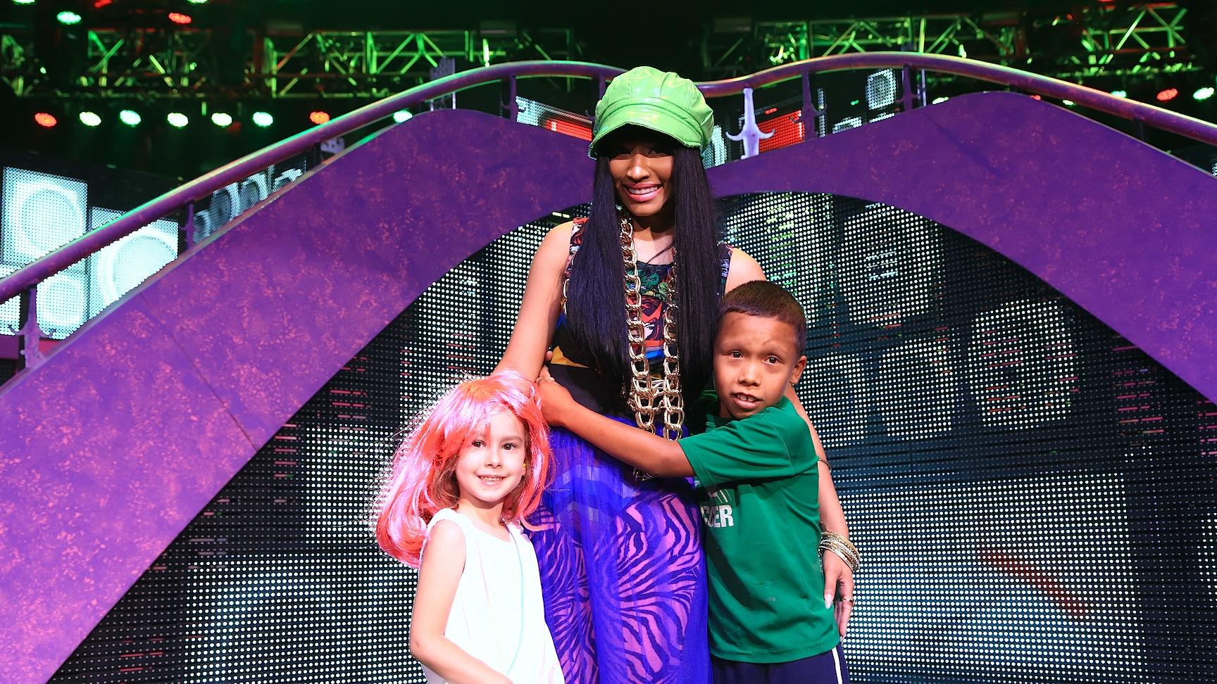 My daughters picture with nicki on stage nicki minaj