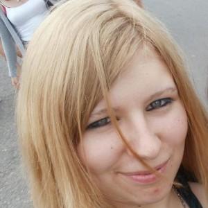 CrazyAssSarah avatar