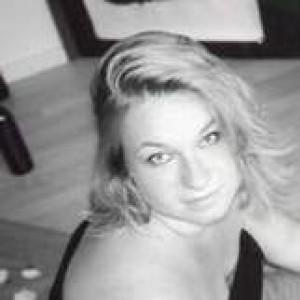 Tightrope Lady avatar