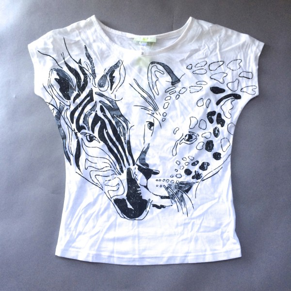 White T-Shirt with Zebra and Giraffe Faces by NEO (Small)