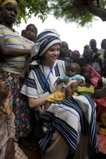 Selena goes traditional in Ghana on her first field visit as a UNICEF Ambassador.