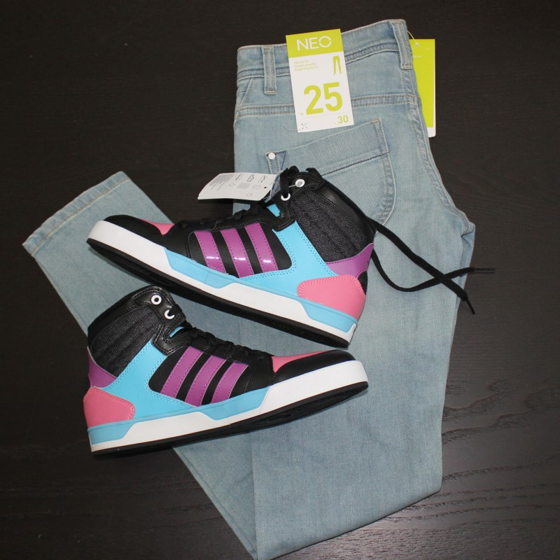 Neo Jeans and Adidas Hightops