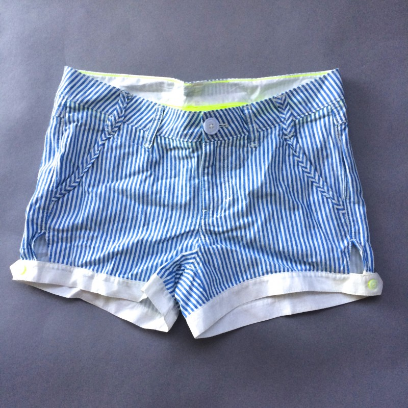 "Blue & White Pinstriped Shorts by NEO (25"")"