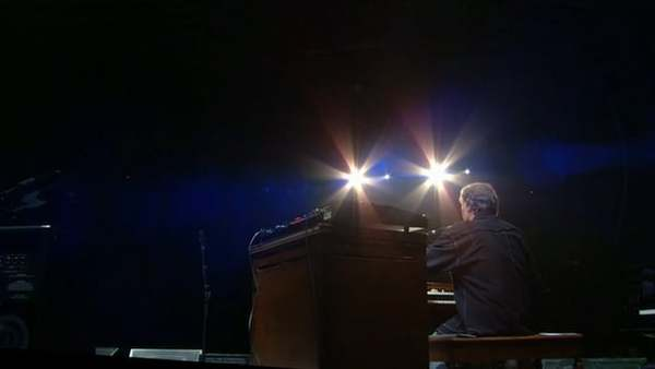 """Steve Winwood and Eric Clapton - """"Split Decision"""" - Live at Madison Square Garden, 2008"""