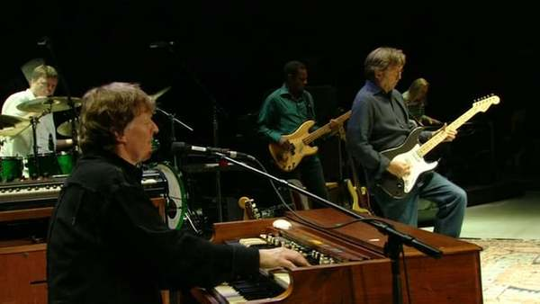 "Steve Winwood and Eric Clapton - ""Tell The Truth"" - Live at Madison Square Garden, 2008"