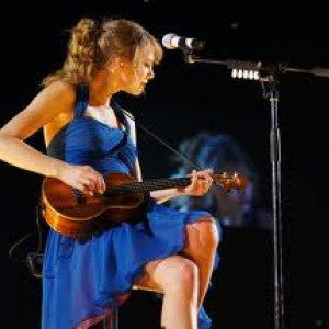 SwiftiesFightDragons13 avatar
