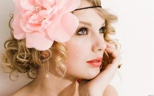 LittleSwiftie8 avatar