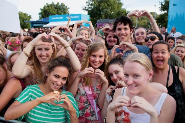 Australia Tour Fans