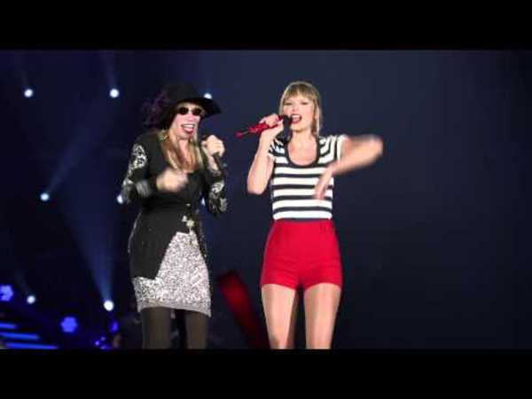 Taylor Swift and Carly Simon: You're So Vain
