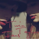 Twin Taylor Fans avatar