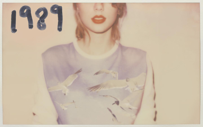 Taylor-Swift-1989-Deluxe-platinum-album-2014